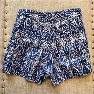 Cynthia Rowley navy and white shorts. 100% linen